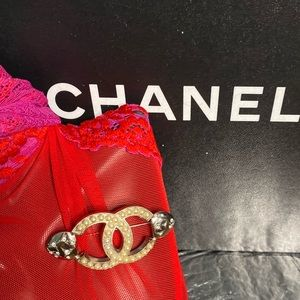 💯Auth Chanel CC Pearl Brooch